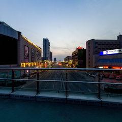 济南路百大天桥夜景